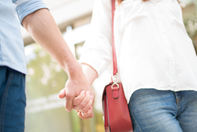 coping with infertility | Tennessee Reproductive Medicine | couple holding hands