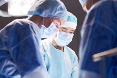 robotic surgery & minimally invasive surgery | Tennessee Reproductive Medicine | photo of group of surgeons in operating room